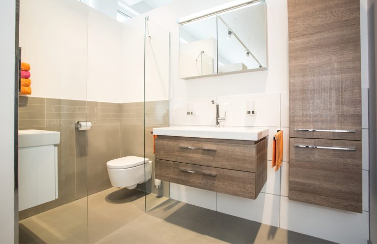 Moderne Badezimmerideen - die 360°HzweiO Bäderausstellung in Augsburg