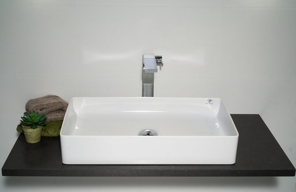 Stilvolle Waschbecken und Armaturen für jedes Bad - die 360°HzweiO Bäderausstellung in Planegg