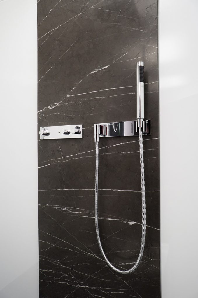 Stilvolles für Bad und Dusche - die 360°HzweiO Bäderausstellung in Planegg